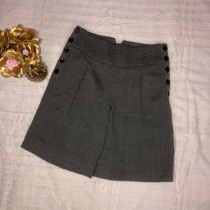 To The Max Gray Pleated Shorts Sz 8